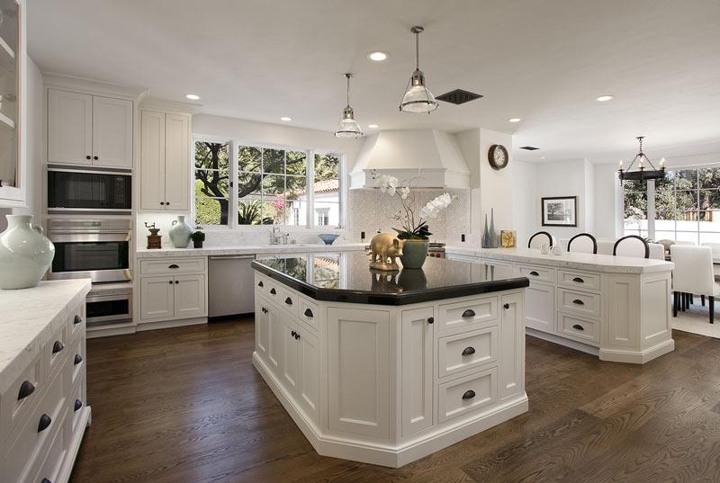 beyaz lake mutfak dolapları